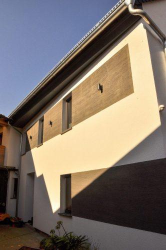 Fassade-Hof-neu-680x1024