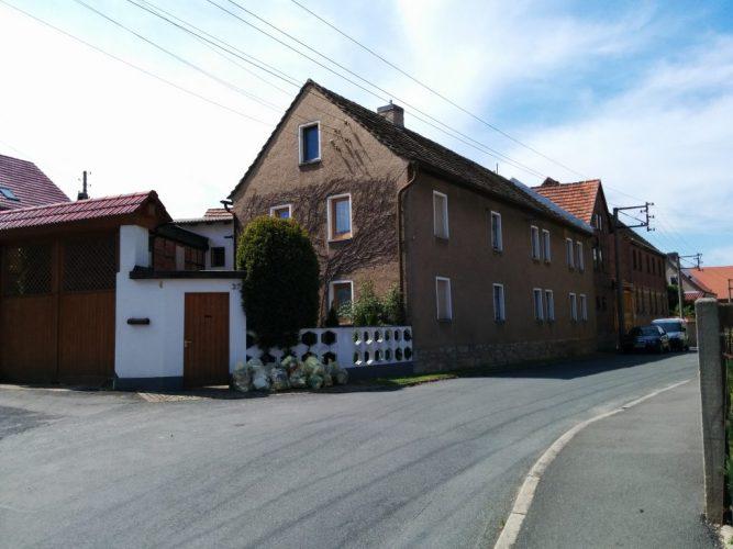 Fassade-Straße-alt-1024x768